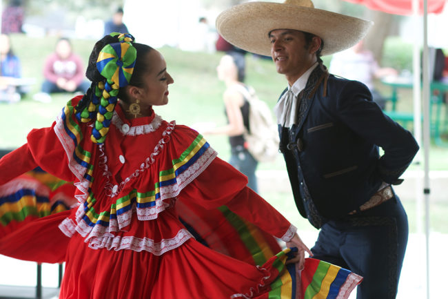 Folklorico dancers performing at SAC's Hispanic Heritage celebration. / Christabelle Blake / el Don